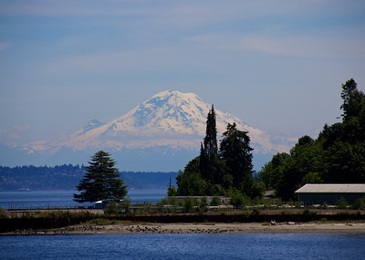 Mount Rainier from Bainbridge Island