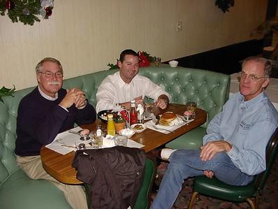 11/26/02 - Elks Dine