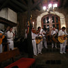 A band of brothers entertains us with their Andean music in the hotel's bar.