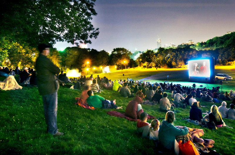 Saw E.T. in Riverdale Park in Toronto on August 4, 2013..... Haven't seen that movie in years, so good.