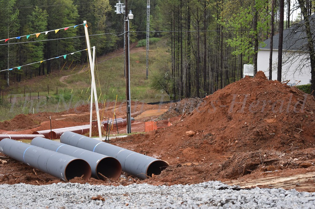 gas pipeline under construction in Newnan