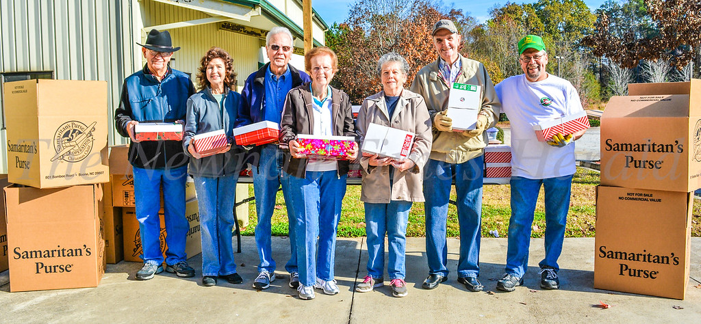 Operation Christmas Child - Shoebox Project