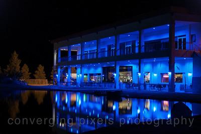 Longstreet Casino and lodge at night.