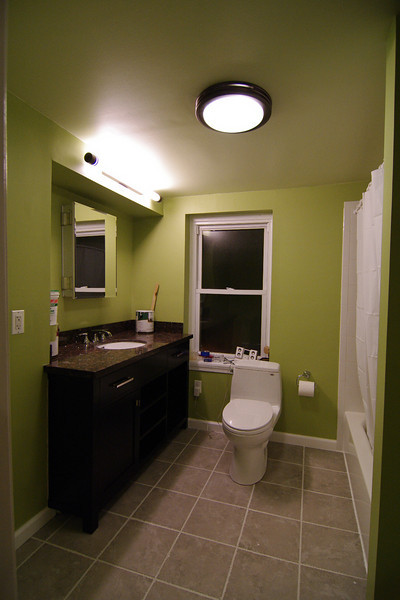 3rd floor bath after