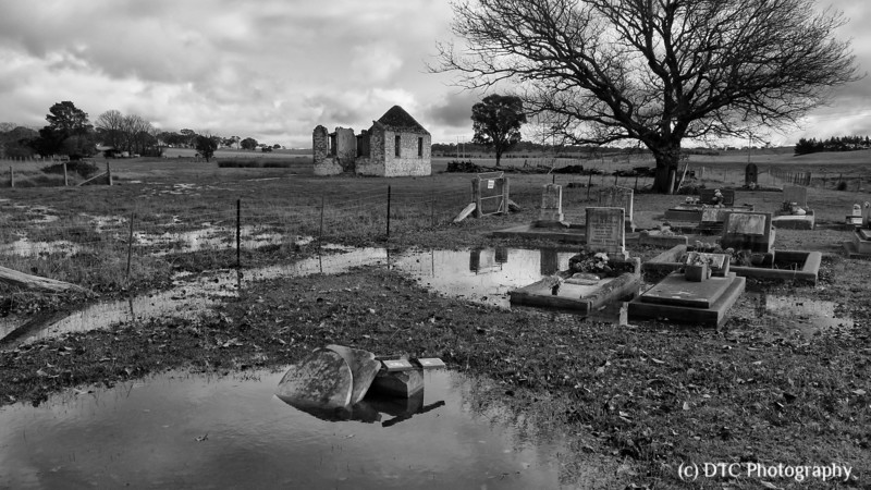 Old church & graveyard at Yarra