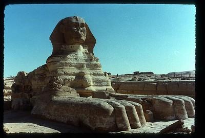 018_Gizeh_Le_Sphinx_dominant_la_vallee