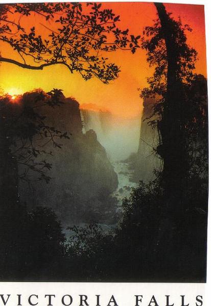 25_Victoria_Falls_View_at_dusk