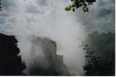 12_Victoria_Falls_ View_ Mist
