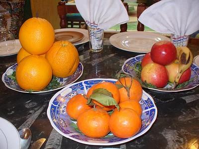 026_Maroc_Typique_Dessert_constitue_de_fruits_frais