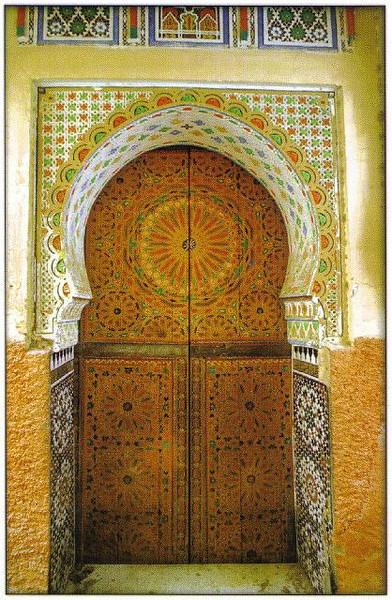 007_Maroc_Typique_Porte_en_bois_a_2_vantaux