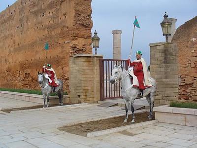 041_Rabat_capitale_du_Maroc_Entree_du_Mausolee_Mohammed_V