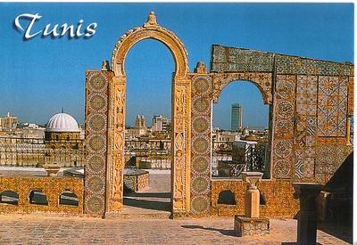 019_Tunis_Une_des_terrasses_de_la_Medina