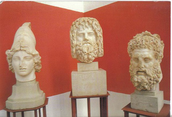 029_Tunis_Musee_du_Bardo_Les_Statues_Romaines