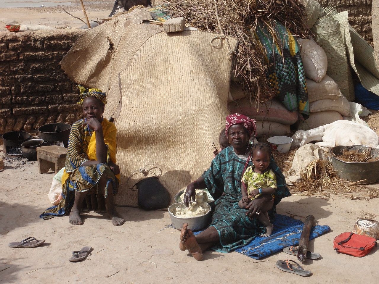 266_Mopti  The Fula Quarter  Extended Families  Multi-Generation
