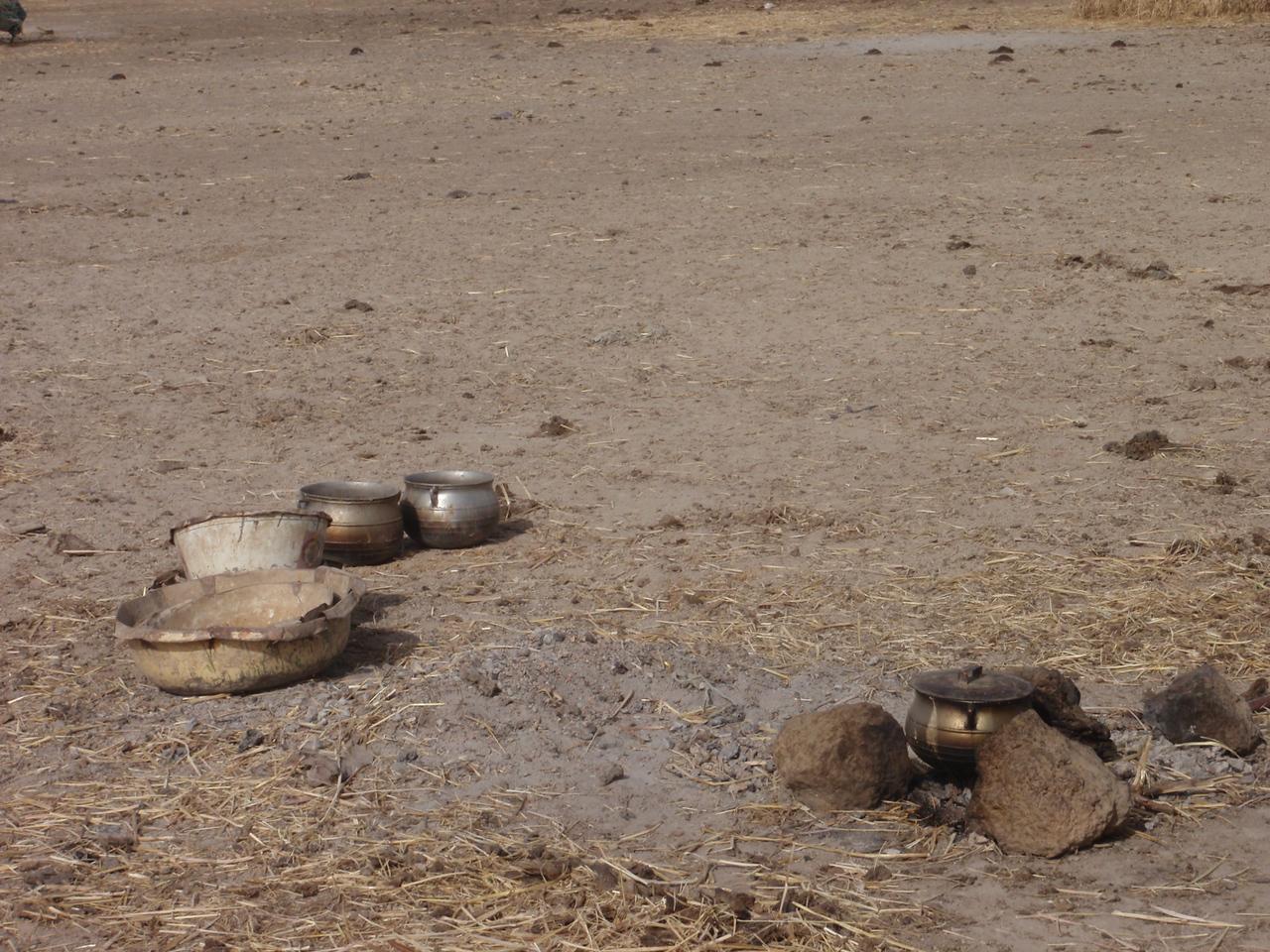 250_Mopti  The Fulani Tribe  Cooking Equipment