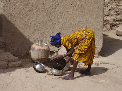 278_Mopti  The Fula Quarter  Woman Preparing a Meal