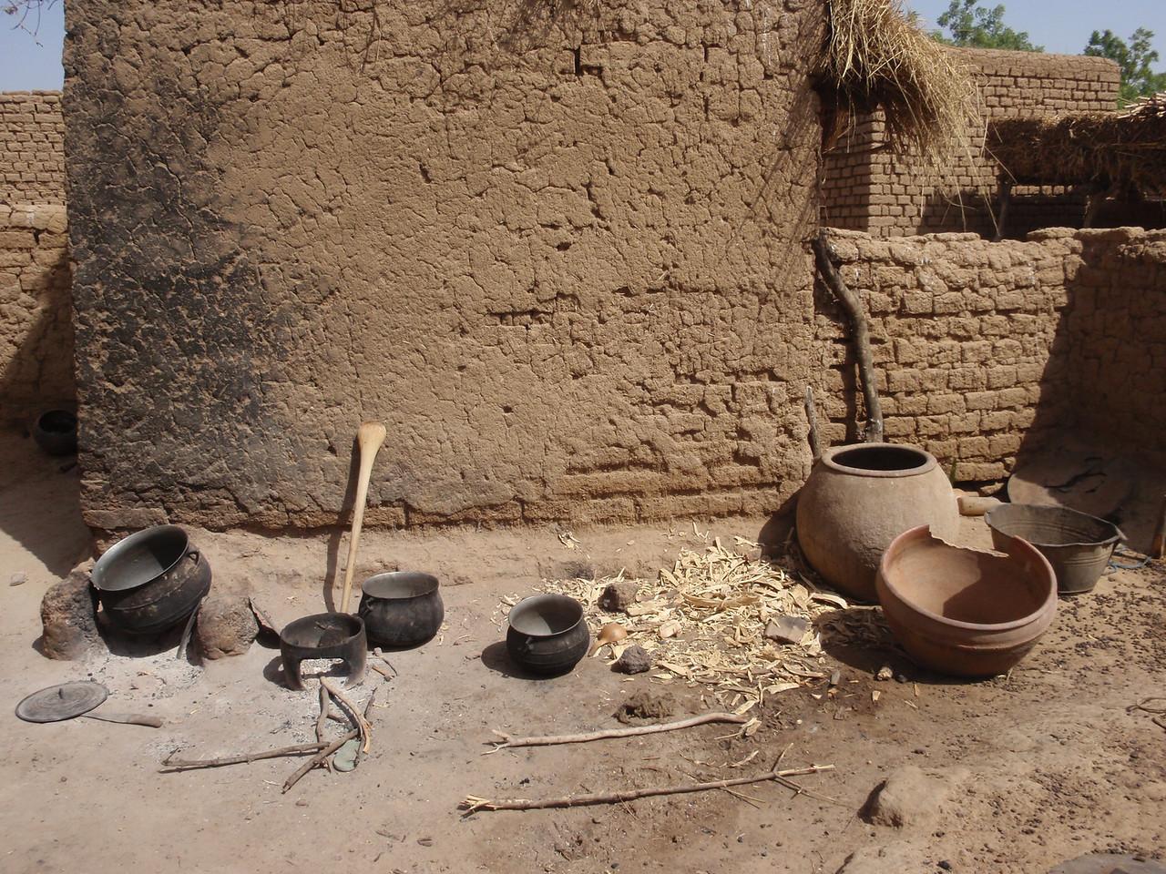 227_Parandougou   A Bobo Tribe  Mudbricks Contruction Technique