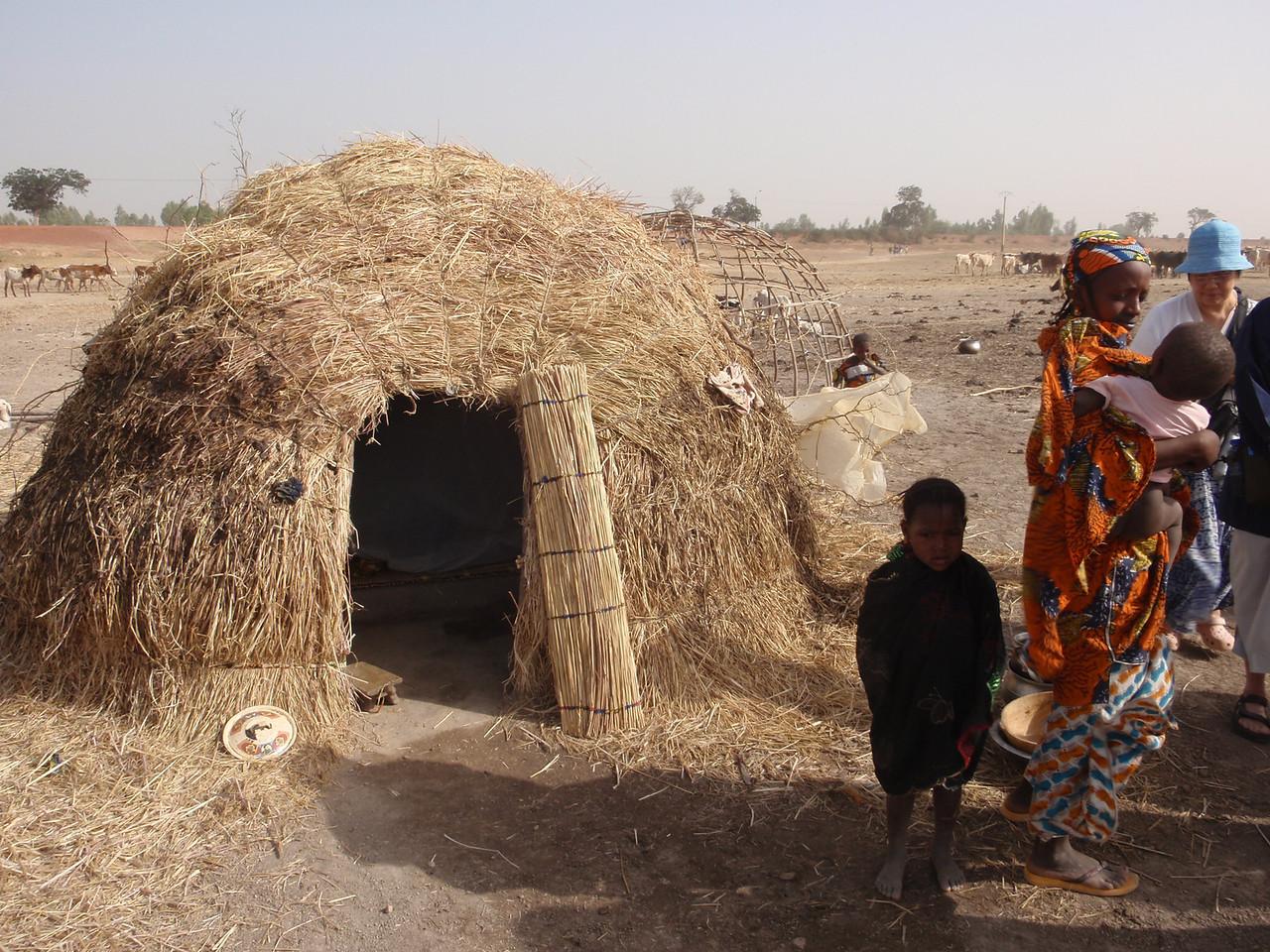 240_Mopti  The Fulani Tribe  The Family Hut