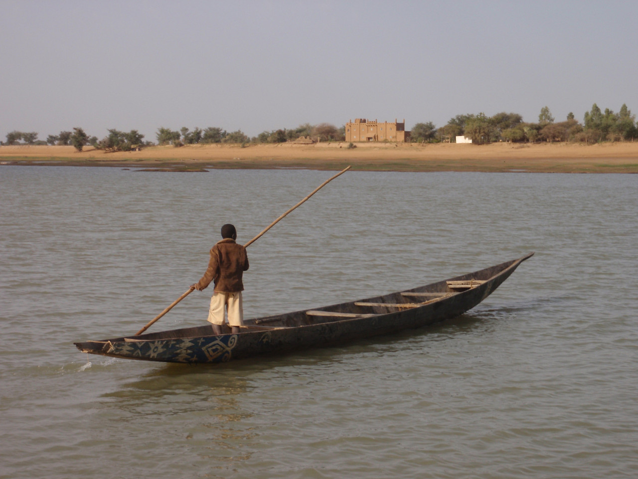 143_Djenne  Pirogue on the Bani River