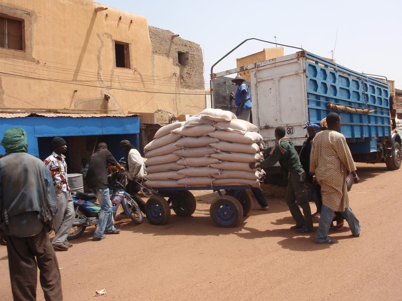 321_Mopti  Most Travellers Transit Point to Timbuktu