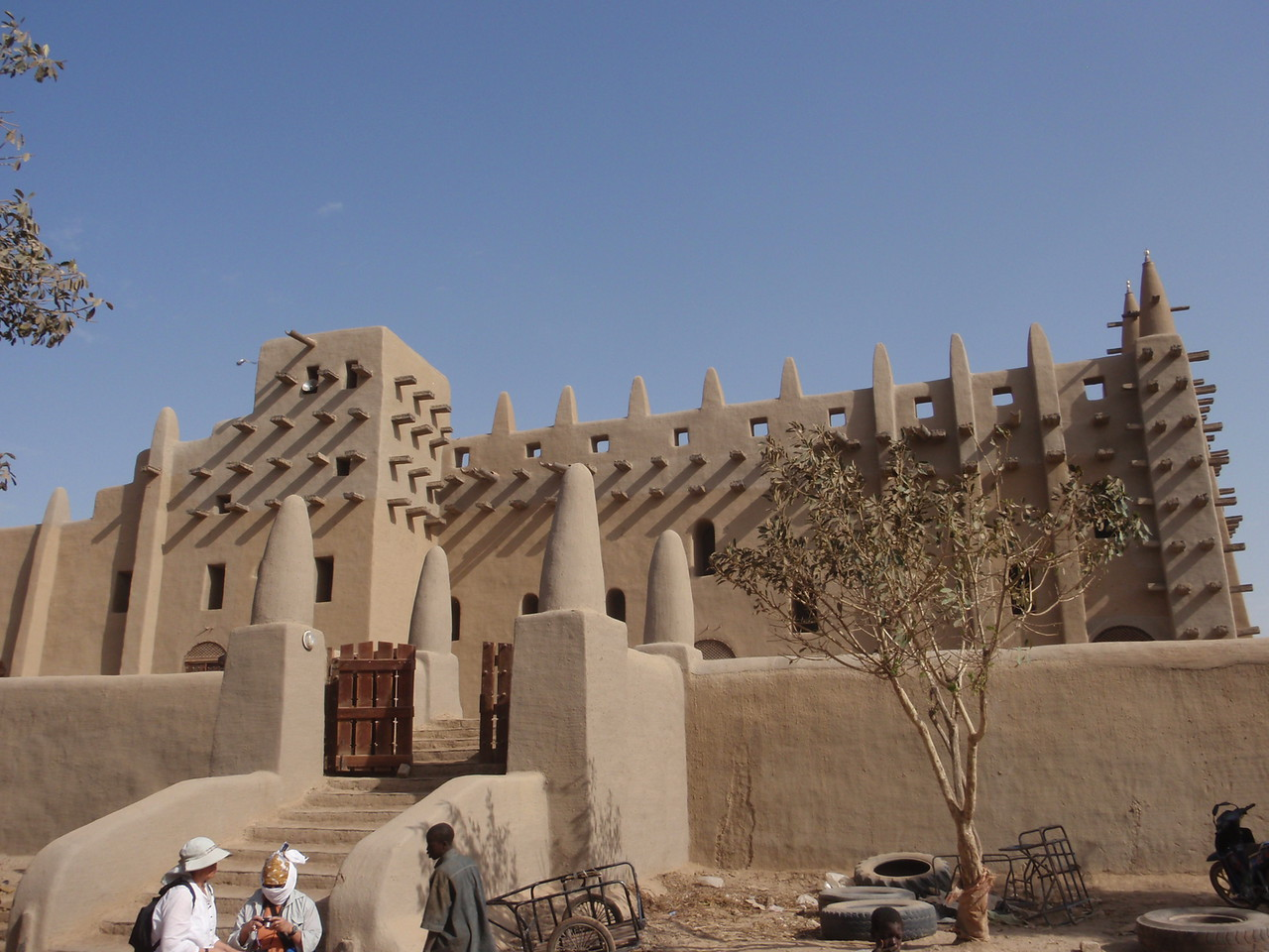149_Great Mosque  Built 1280 after King Konboro Converted to Islam