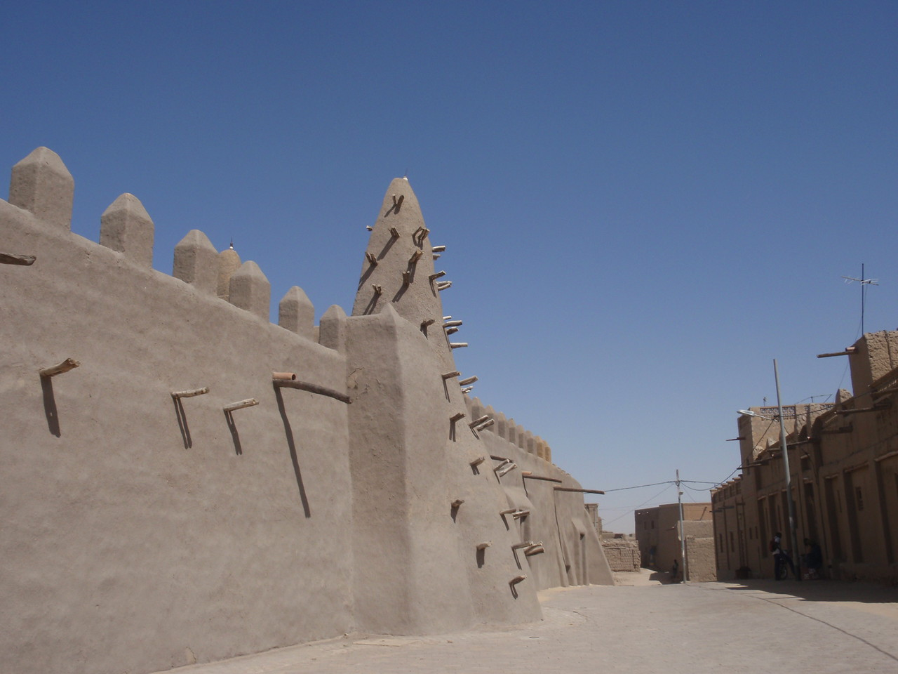 065_Timbuktu  Dyingerey Ber Mosque  Sudanese Style Architecture