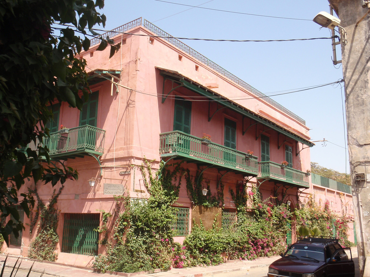 098_La Maison Rose  Colonial Building with Patio and Balconies