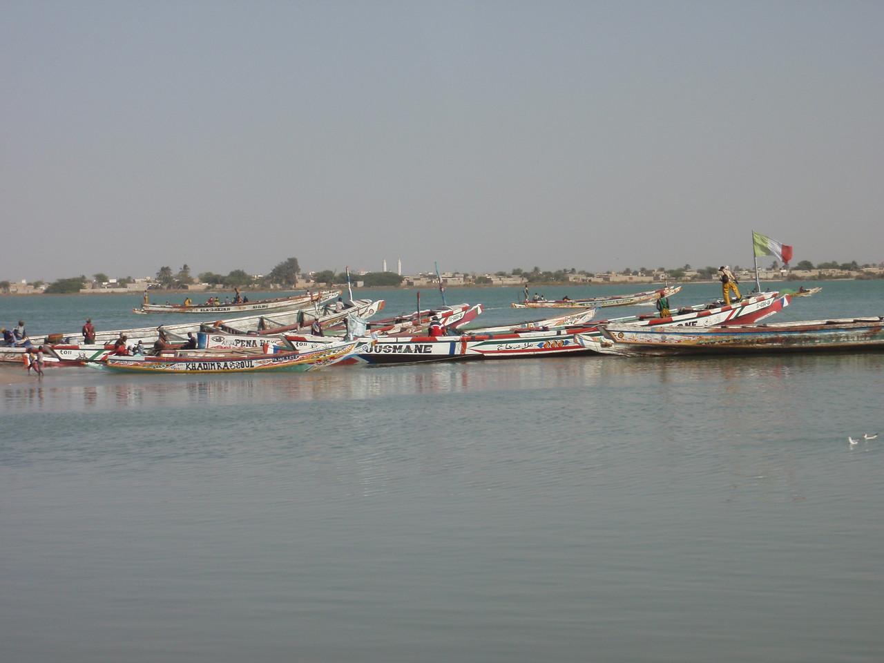 113_Guet Ndar  The Senegal River  Waiting to go-back Fishing