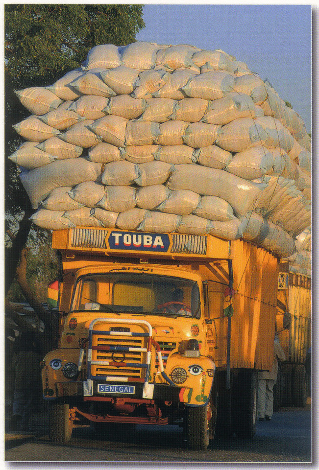 007_Senegal  Truck Carrying a Very Heavy Haul