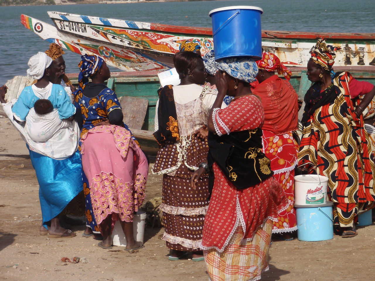 111_Fisherman District  Ladies Buying Fishes  Colourful Dresses