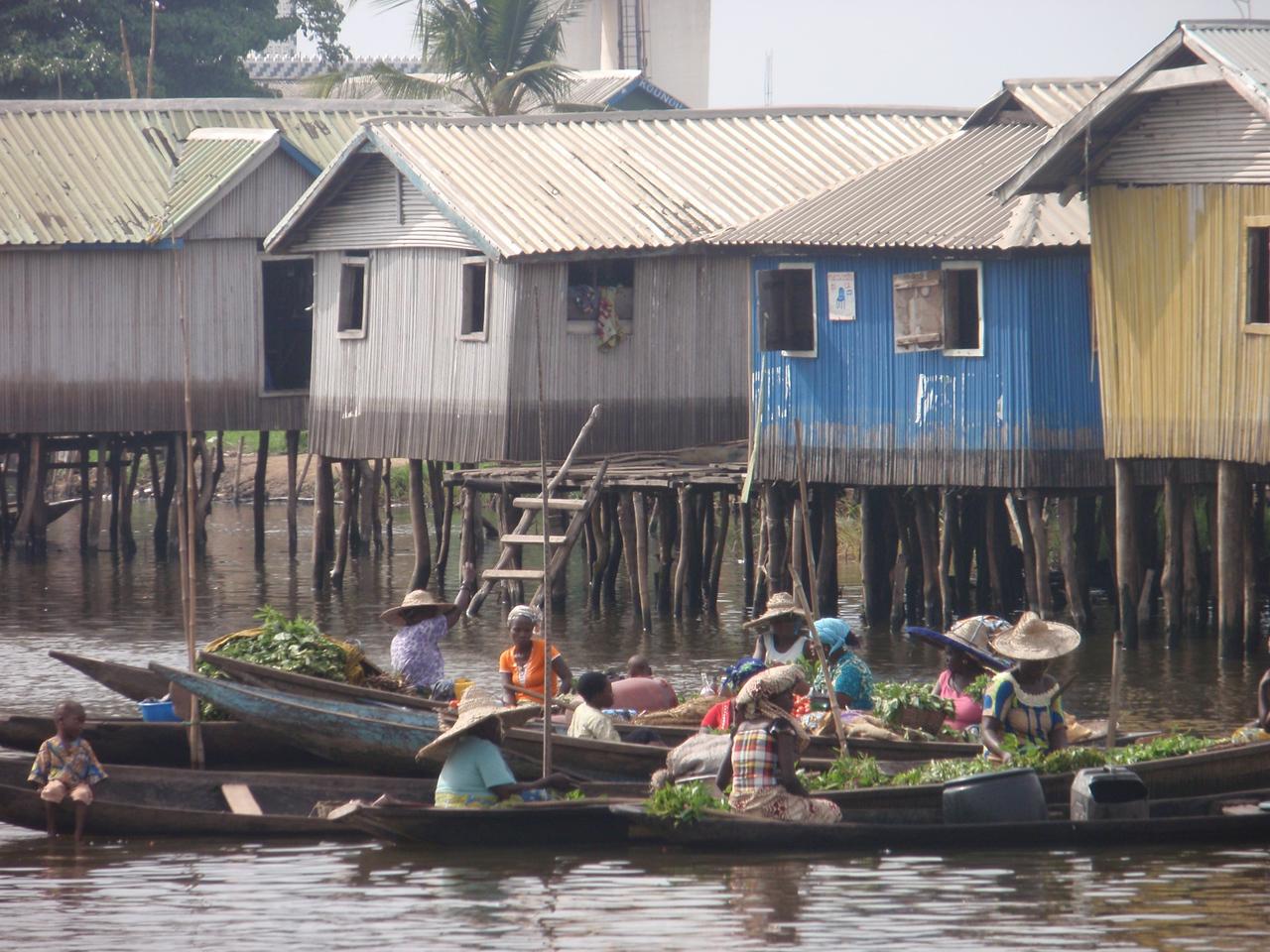 118_Ganvie Lake Community  Lake Nokoue  Small Floating Markets