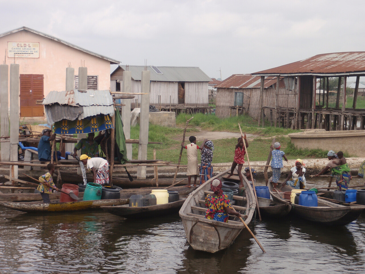 114_Ganvie Lake Community  Lake Nokoue  Small Floating Markets