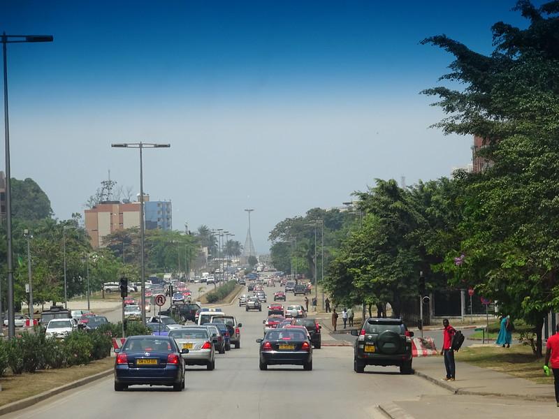030_Libreville  Boulevard Triomphal