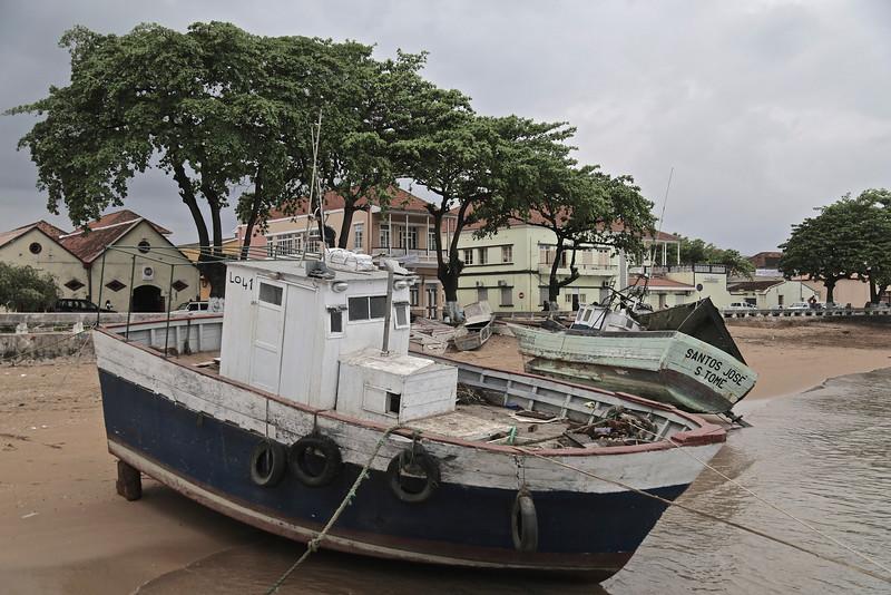 008_Sao Tome Island  Population of 159,000