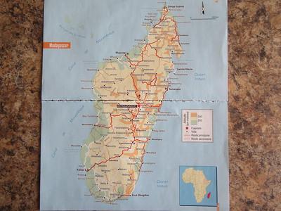 003_Madagascar  Pop  25 millions  18 peuples  Mosaique visages, musiques, parfums