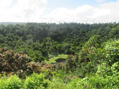 044_Curepipe  Trou aux Cerfs  600,000 years old  Cratère volcanique aujourd'hui éteint