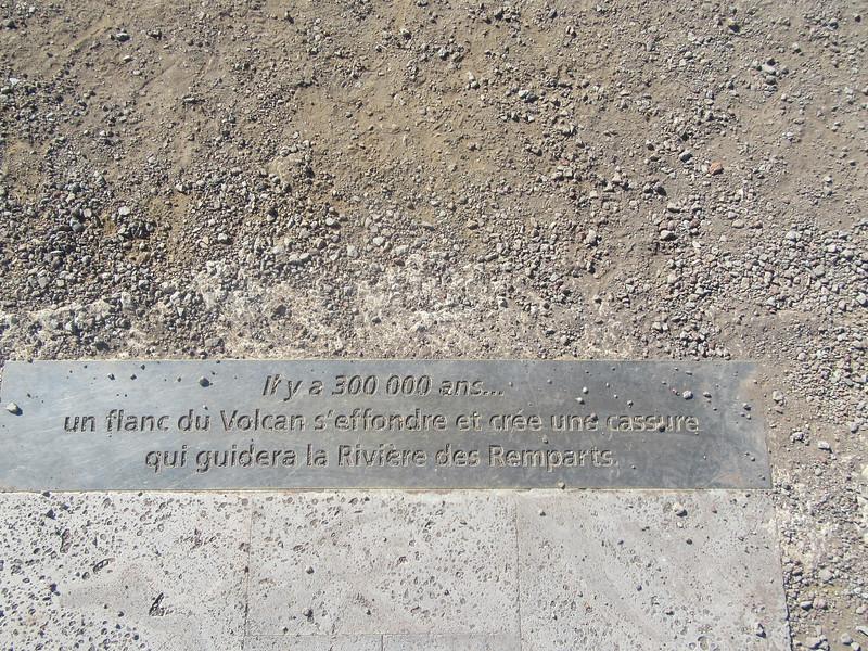 037_Point d'observation, Le Nez de Boeuf  2050m  La Rivière des Remparts