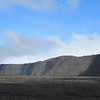 072_Le Piton de la Fournaise  L'Enclos du Volcan  2215m  Une falaise d eplus de 150m à pic