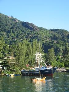 027_Mahé Island  Harbour