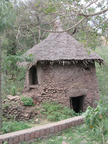 208_Lalibela  Heritage Village  The Mud last 75 Years (with upkeep)  The Roof must be entirely redone each 5 years