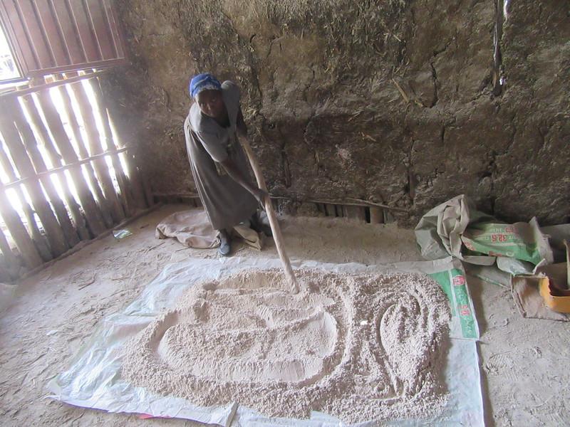 423_Tis Abay Village  Cereal (Millet, Sorghum, Teff) transformation into flour