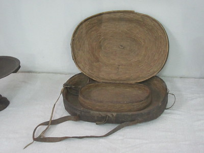 499_Addis Ababa  National Museum of Ethiopia  Lunch Box, mainly Injera  Grass and Goat skin