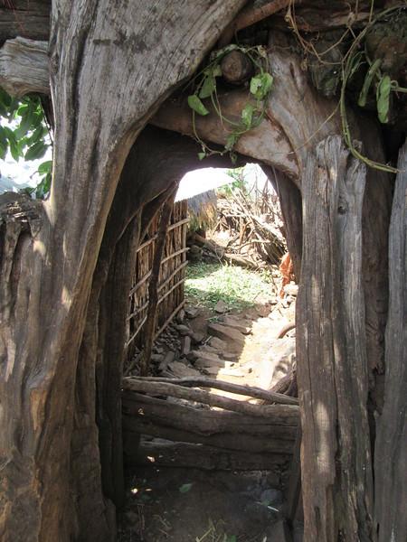 681_Konso  Mechelo Walled Village  Christian-Orthodox at 75%  Animist at 25%