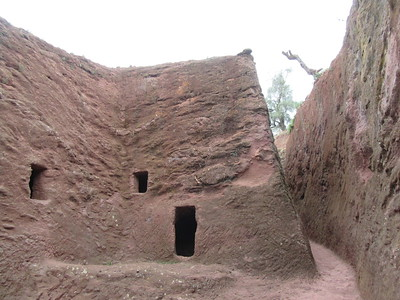 233_Lalibela Rock-Hewn churches  South-Eastern Group  Trenches