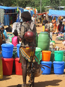 872_Key Afer  Tribal Market Day  Banna Tribe Women  Gorgeous and Tall