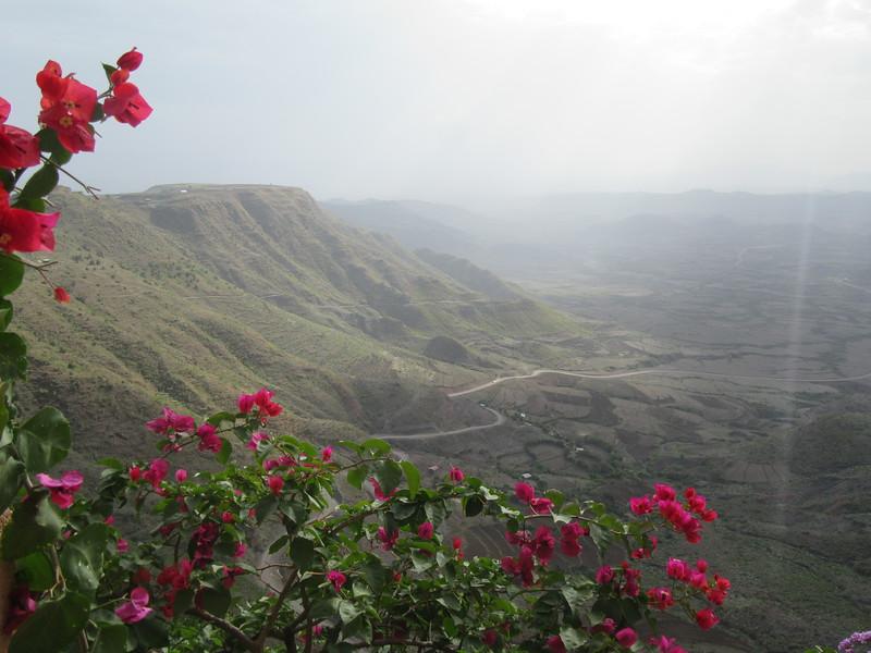289_Lalibela  Vast arid mountain ranges of great beauty