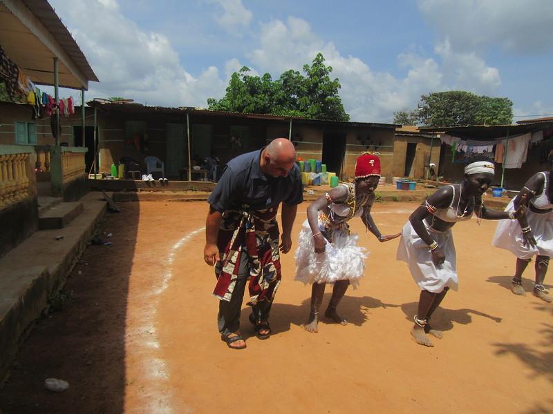 034_Aniassué  L'École des Femmes Fétiches Komians  20 de 20  Les Danses Komians  JDP