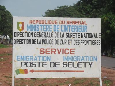 005_Casamance  Poste Frontière de Selety (Gambie-Sénégal)