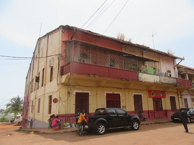 043_Guinea-Bissau  Bissau Velho (The Old Colonial Center)  UNESCO  A stretch of narrow alleyways and derelict buildings