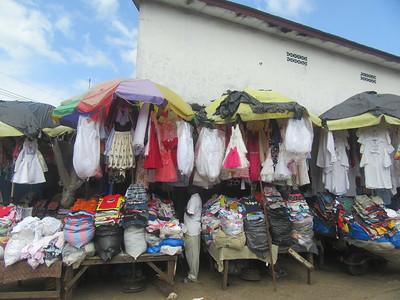 036_Monrovia  Waterside Market  UN Drive